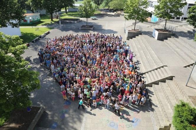 Gruppe der Schüler des Schulverbunds Mudnerkingen