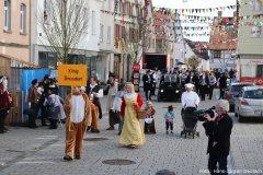 """""""König Drosselbart"""" beim Kinderumzug"""