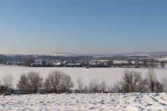 Blick auf das verschneite Algershofen