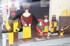 Fasnet im Schaufenster, Wusele- und Trommgesellen-Aufsteller aus Holz