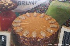 Wuseles-Torte im Schaufenster des Café Knebel