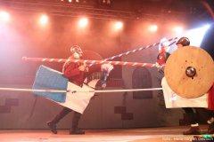 Ritterspiele auf der Bühne