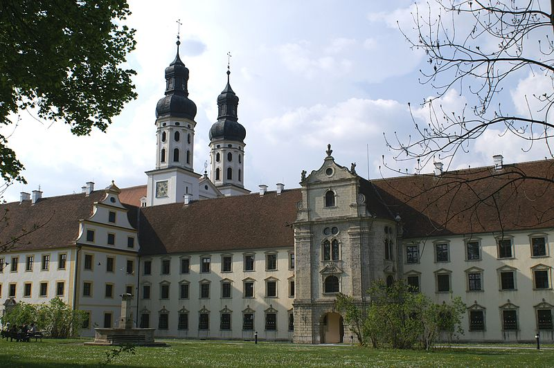 Frontansicht Kloster Obermarchtal